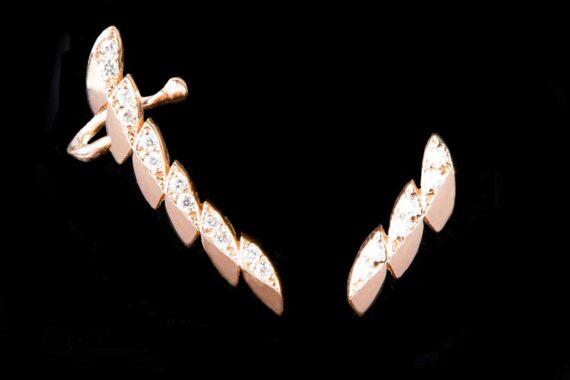 Leaves with diamonds earrings